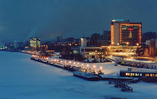 Саратов - один из крупнейших городов в европейской части на юго-востоке.  В 1590 году город Саратов был основан...