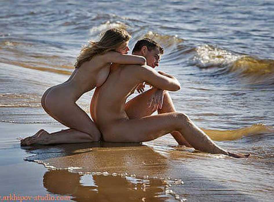 свободной эротические фото отдыха пар на черном море опрокидывает