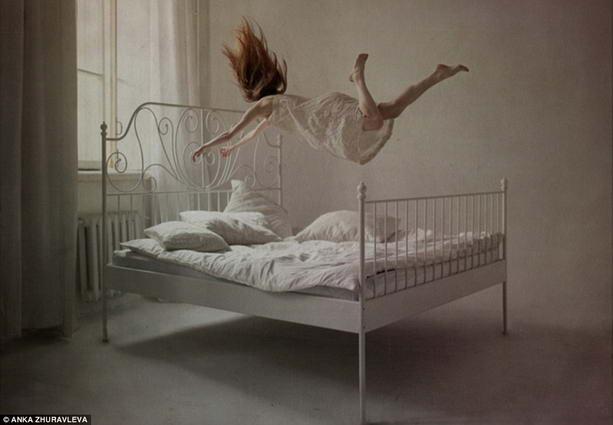 Средний спящий меняет свое положение более 50 раз за ночь.